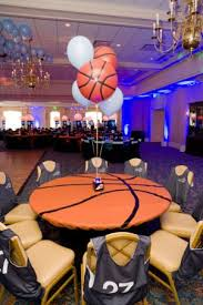 basketball party table decorations we love the idea of this basketball and soccer themed bar mitzvah in