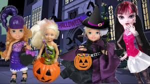 anna and elsa toddlers trick or treating halloween haunted barbie