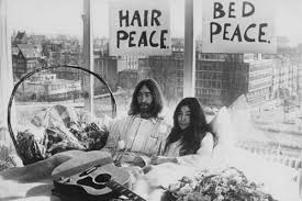 Stay In Bed For 70 Days The Story Of John Lennon And Yoko Ono U0027s U0027bed In For Peace U0027