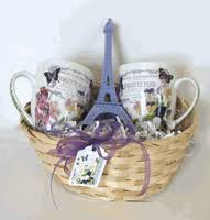 themed gift baskets eiffel tower theme baskets and gift collections