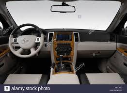 jeep grand cherokee dashboard 2008 jeep grand cherokee limited in gray dashboard center