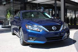xe nissan altima 2015 2016 nissan altima live reveal photo gallery autoblog