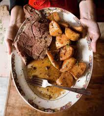 roast leg of lamb with potatoes cosciotto di agnello con patate