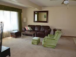 livingroom calgary family friendly home 2bedroom with one queen bed in eachroom big