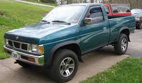 nissan pickup 1997 custom file nissan hardbody pickup close up jpg wikimedia commons