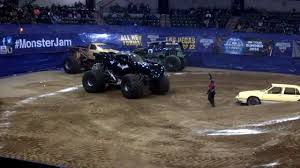 batman monster jam sun national bank center 1 03 2014