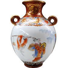 Japanese Kutani Vases A Rare Japanese Museum Quality Antique Kutani Porcelain Vase W
