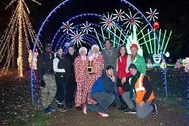 when does the great christmas light fight start excitement over fields great christmas light fight win continues