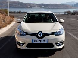 renault fluence photos photogallery with 61 pics carsbase com
