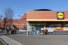 si e lidl lidl store poland editorial stock photo image of exterior 111182193