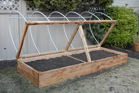 garden and patio soil mix for diy raised planter box using