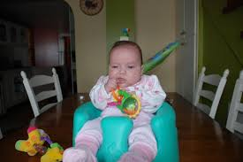 siège bébé bumbo à quel âge le siège bumbo mamans et futures mamans du québec