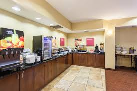 Breakfast At Comfort Suites Comfort Suites Lincoln East Lincoln Ne United States Overview