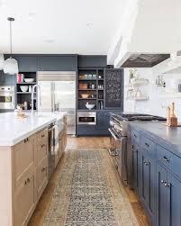kitchen decor with white cabinets blue and white kitchen decor inspiration 40 gorgeous ideas