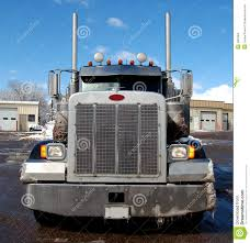 semi truck pictures peterbuilt stock photos images u0026 pictures 69 images