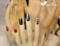 design on two big toes nails nail art design victorianail net