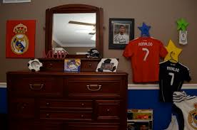 real madrid bedroom ilivefutbol