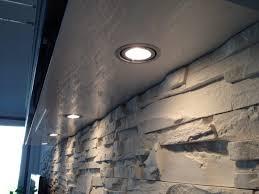 steinwand wohnzimmer material haus renovierung mit modernem innenarchitektur geräumiges