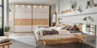 Schlafzimmer Eiche Braun Bei Uns Bekommen Sie Ein Modernes Schlafzimmer Möbelhersteller