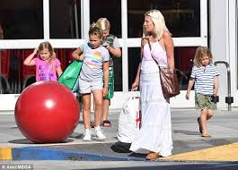 target black friday woodland hills tori spelling hits the mall with four of her children daily mail