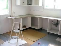 installer un plan de travail cuisine installer plan de travail sans meuble cuisine modle cubanit