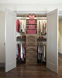 small walk in closet organization u2013 aminitasatori com