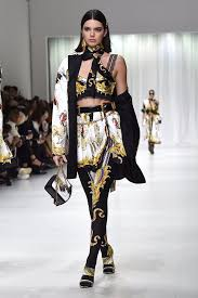 kendall jenner casual kendall jenner at fashion week 2018 popsugar fashion