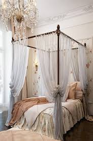 Antique French Lace Curtains by 25 Glamorous Canopy Beds For Romantic And Modern Bedroom