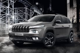 cherokee jeep 2016 black jeep cherokee night eagle edition swoops in auto express