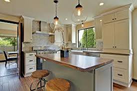Spraying Kitchen Cabinets Painted Cabinets Add Style To Your Kitchen Design
