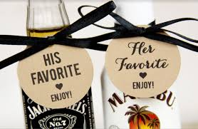 unique wedding favors unique wedding favor ideas guest will use erin pelicano jewelry
