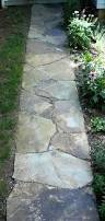 Flagstone Patio Cost Per Square Foot by Best 25 Flagstone Walkway Ideas On Pinterest Flagstone Paving