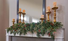 Pre Decorated Christmas Garland Christmas Decorating Ideas For Small Spaces Easy Transformations