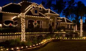 Christmas Decoration For Entrance by Decorate The Entrance For Christmas