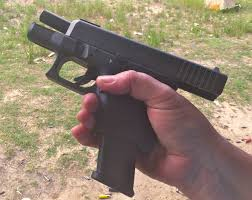 gun review gaston u0027s g i l f the glock 26 gen 4 subcompact