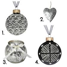 glorious christmas decoration ideas with chic baubles in silver