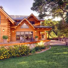 Log Home Styles Best 25 Log Homes Exterior Ideas On Pinterest Cabin Homes