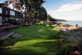 parksville hotels acres resort parksville hotel accommodation