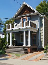 Fascinating Queen Victoria House Exterior Design With Porch With