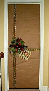 christmas door wrapping paper how to decorate your or apartment for the holidays college