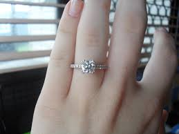 What Hand Does A Wedding Ring Go On by Large Diamond Rings On Finger Ring Diamantbilds