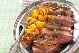 cuisiner magret de canard au four recette de magret de canard à l ananas sauce aigre douce la