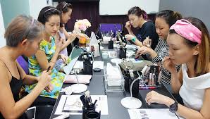 make up classes 11 personal makeup classes to learn makeup in singapore some are