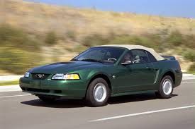 40th year anniversary mustang 2000 ford mustang overview cars com