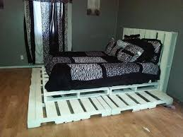 Crate Bed Frame Bedroom Raised Recycle Pallet Wood Bed With Headboard And Black