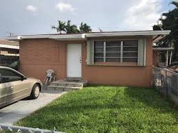 Hialeah Commercial Real Estate For 250 252 E 10th St Hialeah Fl 33010 Apartments Property For