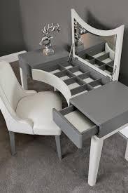 chambre a coucher gris et nuances de gris chambre à coucher oasis rooms interior design