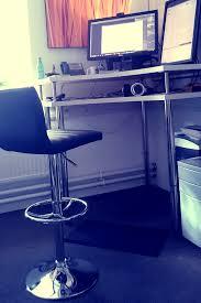 ikea bureau debout hack ikea bureau assis debout d angle bureaus desks and ikea hack