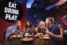 Dave And Busters Halloween 2015 by 10 Couples Eating And Laughing In Dining Room Jpg
