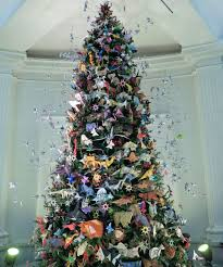 unique ways countries around the world decorate their christmas trees